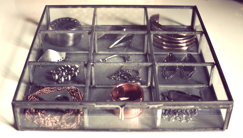 glas skrin til smykker