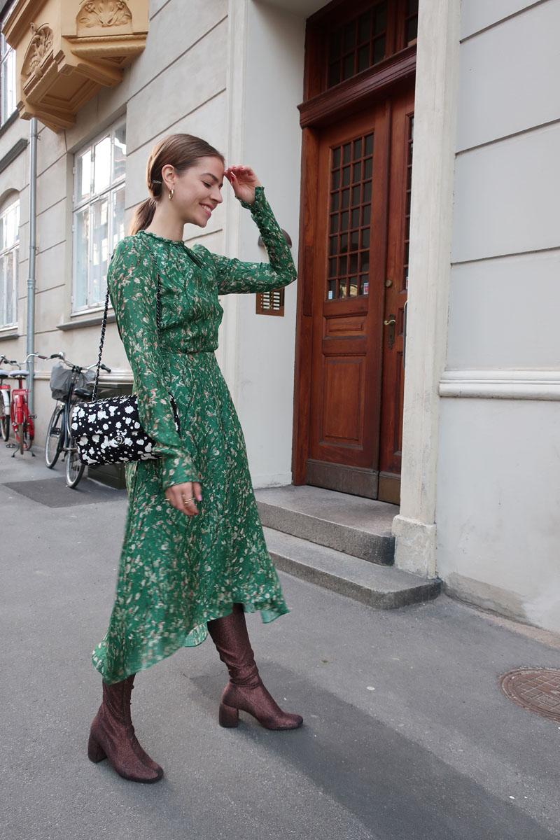 ec4e68b0c476 The post Chanel åbning og den smukkeste kjole appeared first on TRINE S  WARDROBE.